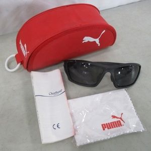 Men's Puma Sunglasses With case & cleaning pad NWT